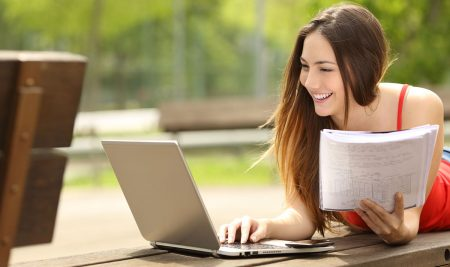 How to Find the Best Accredited Online Spanish Classes for High School Students