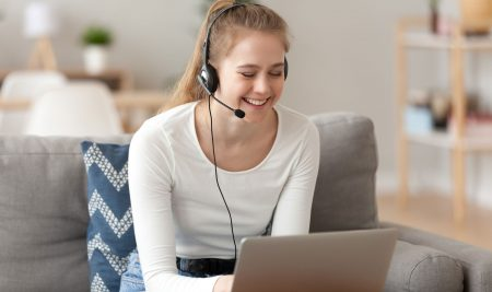 3 Reasons Why Parents Should Invest in Online French Classes for their High School Students