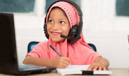 5 Ways That Learning Arabic Online Gives You an Advantage